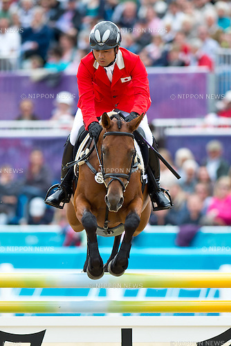 Atsushi Negishi (JPN),.JULY 31, 2012 - Equestrian :.Atsushi Negishi of Japan riding Pretty Darling competes during the Eventing Jumping of the the London 2012 Olympic Games at Greenwich Park in London, UK. (Photo by Enrico Calderoni/AFLO SPORT) [0391]