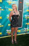 UNIVERSAL CITY, CA. - August 09: Singer Britney Spears arrives at the Teen Choice Awards 2009 held at the Gibson Amphitheatre on August 9, 2009 in Universal City, California.