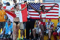 TORONTO, CANADÁ, 22.07.2015 - PAN-ATLETISMO -Canadense Melissa Bishop medalha de ouro, americana Alysia Montano medalha de prata  nos 800 metros no atletismo nos Jogos Panamericanos na cidade de Toronto no Canadá, nesta quarta-feira, 22 (Foto: Vanessa Carvalho/Brazil Photo Press)