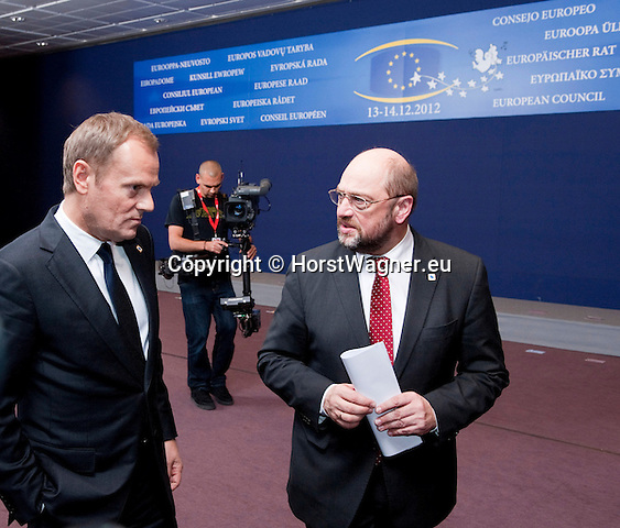 Brussels-Belgium - December 13, 2012 -- European Council, EU-summit meeting of Heads of State / Government; here, Donald TUSK (le), Prime Minister of Poland, with Martin SCHULZ (ri), President of the European Parliament, after the family picture was taken -- Photo: © HorstWagner.eu