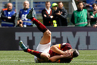 Calcio, Serie A: Roma vs Napoli. Roma, stadio Olimpico, 25 aprile 2016.<br /> Roma&rsquo;s Kostas Manolas falls on the pitch after getting injured during the Italian Serie A football match between Roma and Napoli at Rome's Olympic stadium, 25 April 2016.<br /> UPDATE IMAGES PRESS/Riccardo De Luca