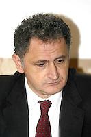 Giuseppe Giosi Ferrandino sindaco d'ischia arrestato per aver preso  tangenti sugli appalti per la metanizzazione dell'isola d'ischia