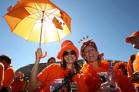 SOCCER/FUTBOL..WORLD CUP 2010..HOLANDA VS DINAMARCA..Action photo of  fans of Denmark, during the game of the World Cup 2010 South Africa at the Soccer City stadium,Johannesburgo. South Africa./Foto de accion de jugadores de Australia, durante el juego de la Copa del Mundo Sudafrica 2010 en el Soccer city stadium de Johannesburgo, Sudafrica. 14 June 2010 MEXSPORT/OMAR MARTINEZ