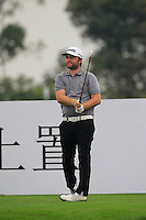 Andy Sullivan (ENG) tees off the 4th tee during Thursday's Round 1 of the 2014 BMW Masters held at Lake Malaren, Shanghai, China 30th October 2014.<br /> Picture: Eoin Clarke www.golffile.ie
