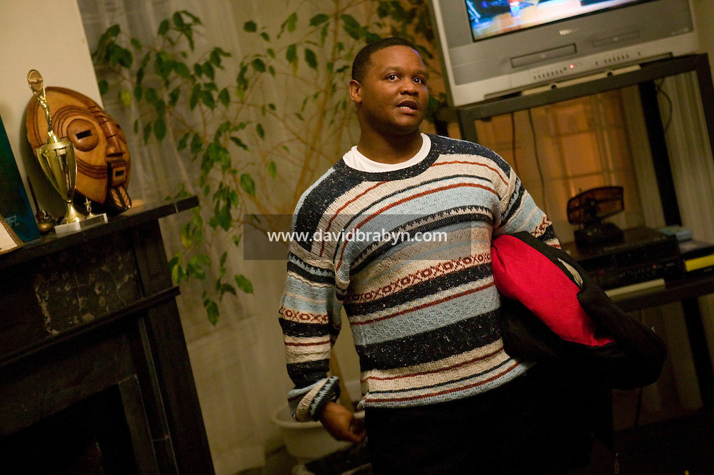 Former drug dealer Lamont Mcneil talks about his experience as a drug dealer during a reunion of the Men United For A Better Philadelphia organization in Philadelphia, USA, 28 March 2007. Philadelphia, a city of about 1.4 million people known as the City of Brotherly Love, has one of the highest murder rates in the country. While the nation's other big cities - New York, Los Angeles, Chicago and Houston - are all seeing their murder numbers fall. Photo Credit: David Brabyn.