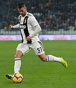 2nd February 2019, Allianz Stadium, Turin, Italy; Serie A football, Juventus versus Parma; Leonardo Spinazzola of Juventus crosses the ball into the box