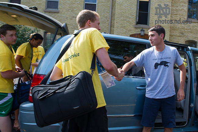 Aug. 21, 2014; Move-in 2014. (Photo by Barbara Johnston/University of Notre Dame