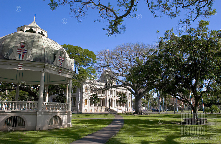 Iolani Palace, with gazebo in front lawn