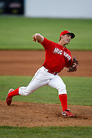 June 19, 2009:  Pitcher Santo Maertz of the Batavia Muckdogs delivers a pitch during a game at Dwyer Stadium in Batavia, NY.  The Muckdogs are the NY-Penn League Short-Season Class-A affiliate of the St. Louis Cardinals.  Photo by:  Mike Janes/Four Seam Images