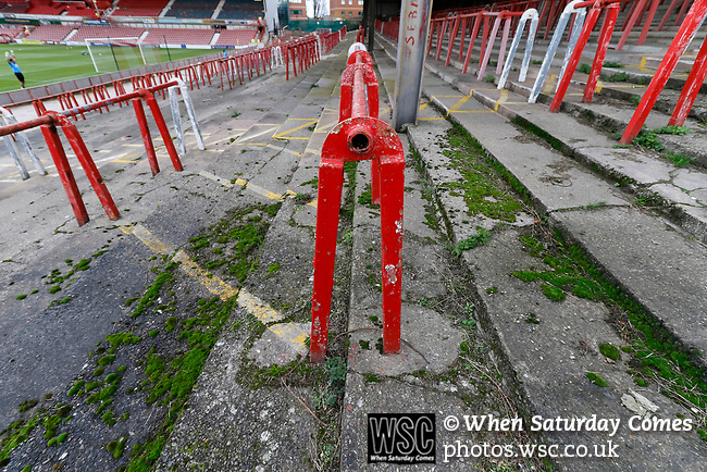 Wrexham 2 Ebbsfleet United 0, 18/11/2017. The Racecourse Ground, National League. The terraced Kop end at The Racecourse Ground. The terrace has been disused for approximately 10 years. Photo by Paul Thompson.