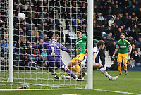 Preston North End's Callum Robinson shoots wide past West Bromwich Albion's goalkeeper Sam Johnstone<br /> <br /> Photographer Stephen White/CameraSport<br /> <br /> The EFL Sky Bet Championship - West Bromwich Albion v Preston North End - Saturday 13th April 2019 - The Hawthorns - West Bromwich<br /> <br /> World Copyright © 2019 CameraSport. All rights reserved. 43 Linden Ave. Countesthorpe. Leicester. England. LE8 5PG - Tel: +44 (0) 116 277 4147 - admin@camerasport.com - www.camerasport.com