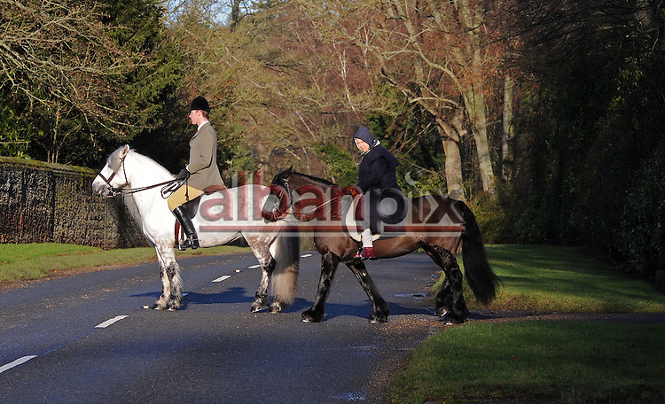 Albanpix.com-Picture by Alban Donohoe.The Queen out riding her horse on the Sandringham est, Norfolk 2/1/12