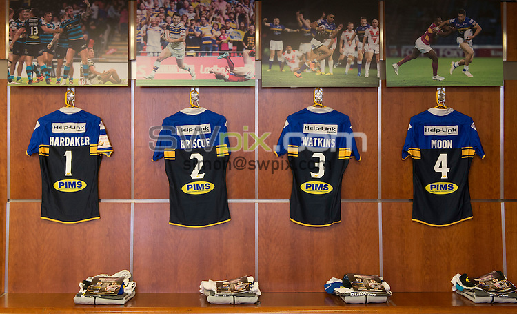 Picture by Allan McKenzie/SWpix.com - 10/10/2015 - Rugby League - First Utility Super League Grand Final - Leeds Rhinos v Wigan Warriors - Old Trafford, Manchester, England - Leeds Rhinos, shirts, dressing room.