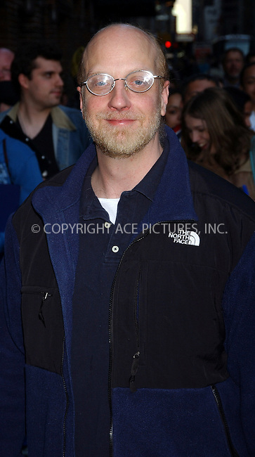 WWW.ACEPIXS.COM . . . . .  ....NEW YORK, MARCH 29, 2006....Chris Elliott stops for an appearance at the Late Show with David Letterman.....Please byline: AJ Sokalner - ACEPIXS.COM.... *** ***..Ace Pictures, Inc:  ..Philip Vaughan (212) 243-8787 or (646) 769 0430..e-mail: info@acepixs.com..web: http://www.acepixs.com