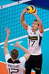 16.09.2019, Lotto Arena, Antwerpen<br />Volleyball, Europameisterschaft, Deutschland (GER) vs. …sterreich / Oesterreich (AUT)<br /><br />Anton Brehme (#12 GER), Zuspiel Jan Zimmermann (#17 GER)<br /><br />  Foto © nordphoto / Kurth