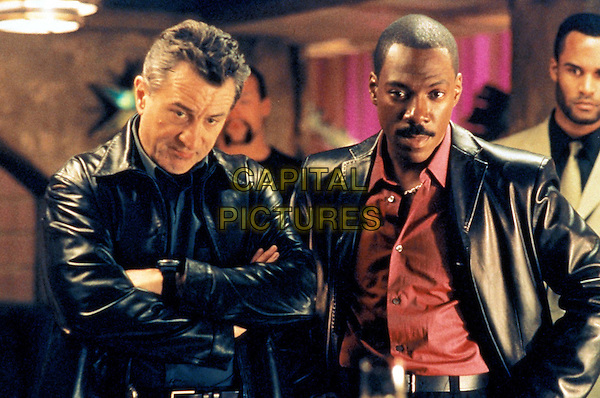 ROBERT DENIRO & EDDIE MURPHY.in Showtime.Filmstill - Editorial Use Only.Ref: 11570.CAP/AWFF.supplied by Capital Pictures