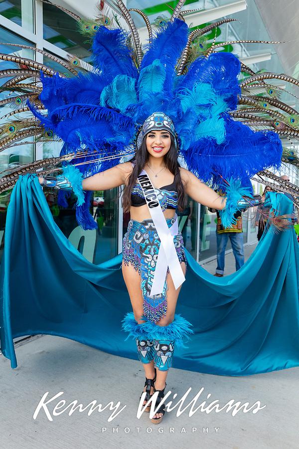 Sissy Lugo Lizardi, Miss Washington Latina, Kent International Festival, Kent, WA, USA.