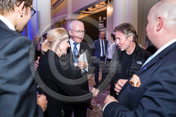 BRUSSELS - BELGIUM - 27 September 2017 -- Finland 100th Anniversary Reception and Concert of the Philharmonia Orchestra of London at the BOZAR. --(from right) Esa-Pekka Salonen, Conductor of the Philharmonia Orchestra of London greeting Mr. & Mrs. Jan Store, Managing Director of Milton Brussels. -- PHOTO: Juha ROININEN / EUP-IMAGES