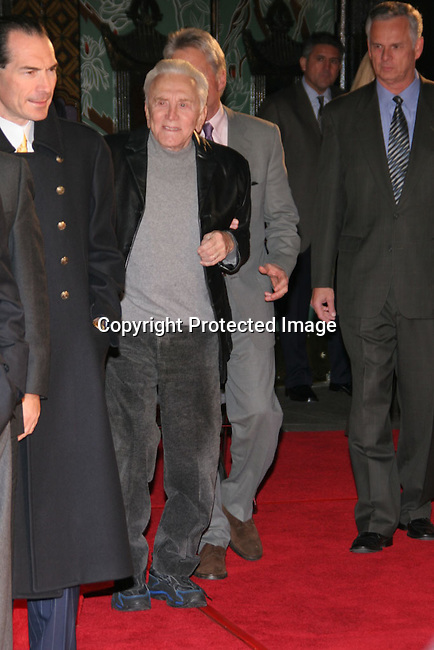 Kirk Douglas &amp; Michael Douglas<br />