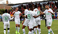 IPIALES-COLOMBIA, 21-09-2019: Jugadores de Atlético Nacional, celebran la victoria sobre Deportivo Pasto, durante partido de la fecha 12 entre Deportivo Pasto y Atlético Nacional por la Liga Águila II 2019  jugado en el estadio Municipal de Ipiales de la Ciudad de Ipiales. / Players of Atletico Nacional, celebrate the victory over Deportivo Pasto, during a match of the 12th date between Deportivo Pasto and Atletico Nacional for the Aguila Leguaje II 2019 played at the Municipal de Ipiales stadium in Ipiales city. Photo: VizzorImage / Leonardo Castro / Cont.