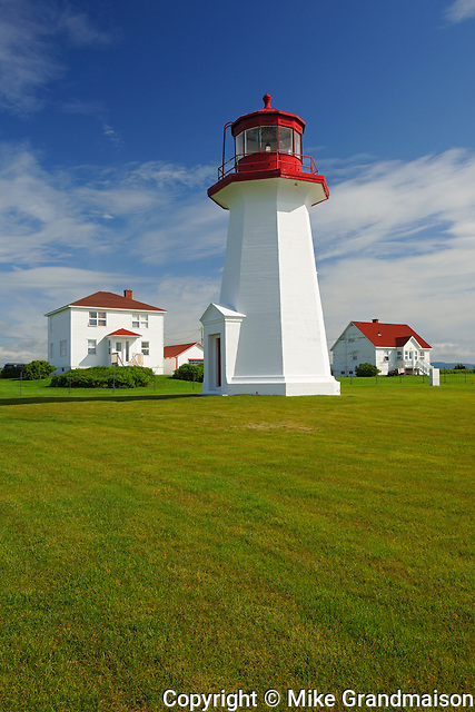 Lighthouse <br /> Cap d'espoir<br /> Quebec<br /> Canada