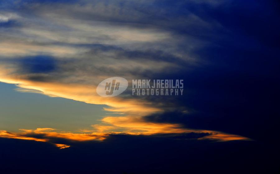 desert weather storm chaser chasing clouds sky Arizona monsoon thunderstorm Mountain Phoenix sunset