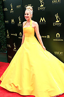 PASADENA - APR 29: Kelly Pickler at the 45th Daytime Emmy Awards Gala at the Pasadena Civic Center on April 29, 2018 in Pasadena, California