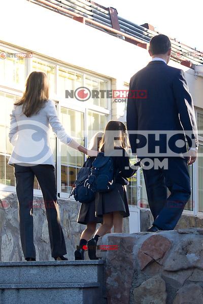 14.09.2012. Prince Felipe of Spain, Princess Letizia of Spain and their daughters Leonor and Sofia  arrive at 'Santa Maria de los Rosales' School in Aravaca near of Madrid, Spain. In the image (L-R) Princess Letizia, Princess Sofia, Princess Leonor and Prince Felipe (Alterphotos/Marta Gonzalez) /NortePhoto.com<br /> <br /> **CREDITO*OBLIGATORIO** *No*Venta*A*Terceros*<br /> *No*Sale*So*third*...