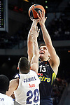 Real Madrid's Jaycee Carroll (l) and Fenerbahce Istambul's Bogdan Bogdanovic during Euroleague, Regular Season, Round 29 match. March 31, 2017. (ALTERPHOTOS/Acero)