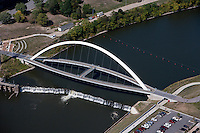 aerial photograph Center Street Bridge, Des Moines, Iowa