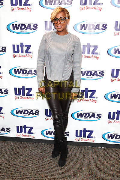 BALA CYNWYD, PA - OCTOBER 22 : Mary J Blige visits WDAS performance theater in Bala Cynwyd, Pa on October 22, 2014   <br /> CAP/MPI/STA<br /> &copy;Star Shooter/MediaPunch/Capital Pictures