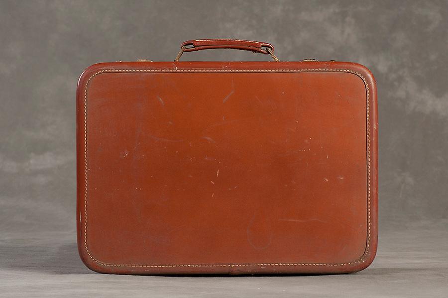 The Willard Suitcase Project Willard Suitcases / Meta L / ©2014 Jon Crispin