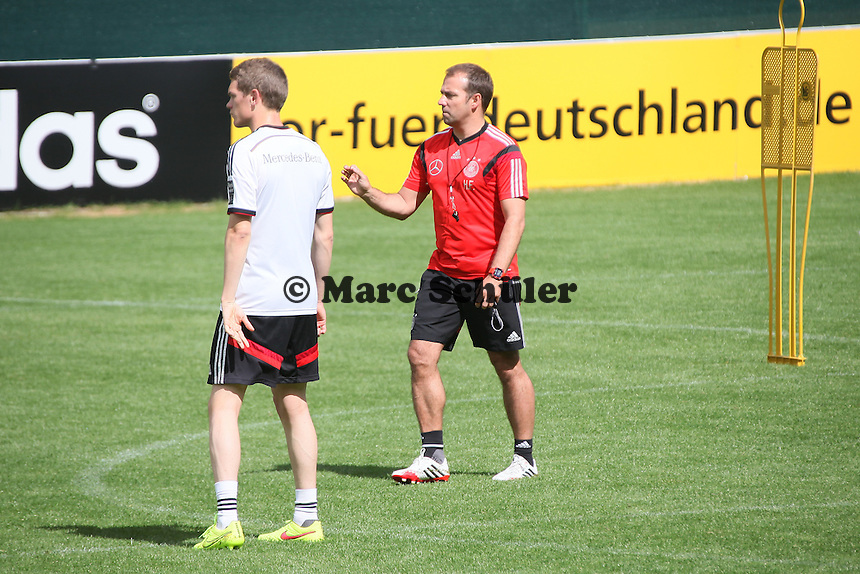 Co-Trainer Hansi Flick - Training der Deutschen Nationalmannschaft  zur WM-Vorbereitung in St. Martin