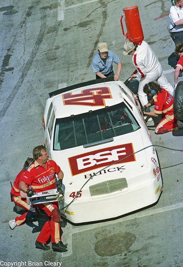 Patty Moise ARCA pit stop at Daytona International Speedway in February 1989.  (Photo by Brian Cleary/www.bcpix.xom)
