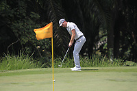 Danny Willett (ENG) in action on the 3rd green during Round 1 of the Maybank Championship at the Saujana Golf and Country Club in Kuala Lumpur on Thursday 1st February 2018.<br /> Picture:  Thos Caffrey / www.golffile.ie<br /> <br /> All photo usage must carry mandatory copyright credit (© Golffile | Thos Caffrey)