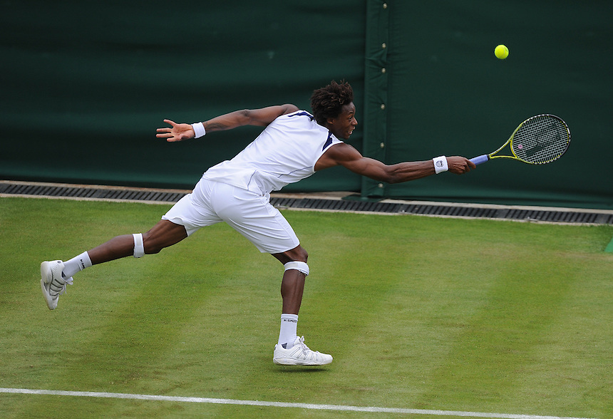 Gael Monfils(FRA) in action today during his victory over Matthias Bachinger(GER) in todays first round match - Gael Monfils(FRA)[9] def Matthias Bachinger(GER) 6-4 7-6(3) 6-3...