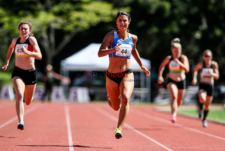 Zoe Hobbs, 200m Champion. NZ Athletic Championships, Porritt Stadium, Hamilton, Waikato, New Zealand,  Sunday 19 March 2017. Photo: Simon Watts/www.bwmedia.co.nz