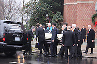 Elizabeth Edwards Funeral Service John Edwards & <br /> Children Jack,Emma Claire,<br /> Cate. By Jonathan L Green