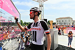 Tom Dumoulin (NED) Team Sunweb at sign on before the start of Stage 19 of the 2018 Giro d'Italia, running 185km from Venaria Reale to Bardonecchia featuring the Cima Coppi of this Giro, the highest climb on the Colle delle Finestre with its gravel roads, before finishing on the final climb of the Jafferau, Italy. 25th May 2018.<br /> Picture: LaPresse/Gian Mattia D'Alberto | Cyclefile<br /> <br /> <br /> All photos usage must carry mandatory copyright credit (&copy; Cyclefile | LaPresse/Gian Mattia D'Alberto)