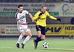2018-02-17 / voetbal / seizoen 2017-2018 / Oosterzonen - Berchem / Jo Christiaens (l) (Oosterzonen) zet Dimitri Hairemans (r) (Berchem) onder druk