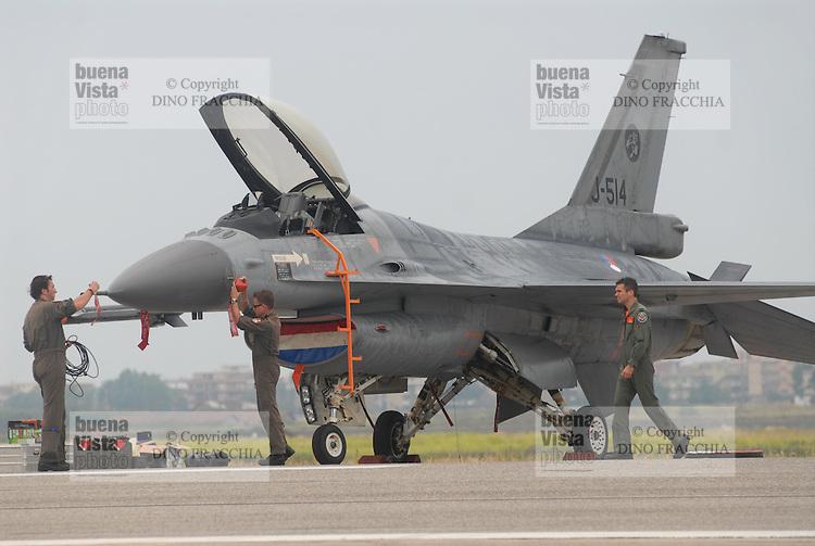 - Dutch Air Force, F 16 fighter aircraft....- Aeronautica Militare Olandese, aereo da caccia  F 16......