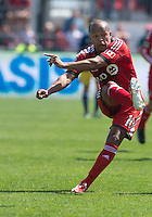 April 27, 2013: Toronto FC forward Robert Earnshaw #10 in action during a game between Toronto FC and the New York Red Bulls at BMO Field  in Toronto, Ontario Canada..The New York Red Bulls won 2-1.