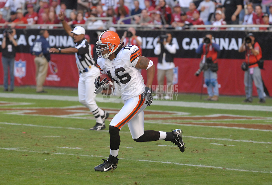 Dec. 2, 2007; Glendale, AZ, USA; Cleveland Browns wide receiver Josh Cribbs (16) against the Arizona Cardinals at University of Phoenix Stadium. Mandatory Credit: Mark J. Rebilas-US PRESSWIRE