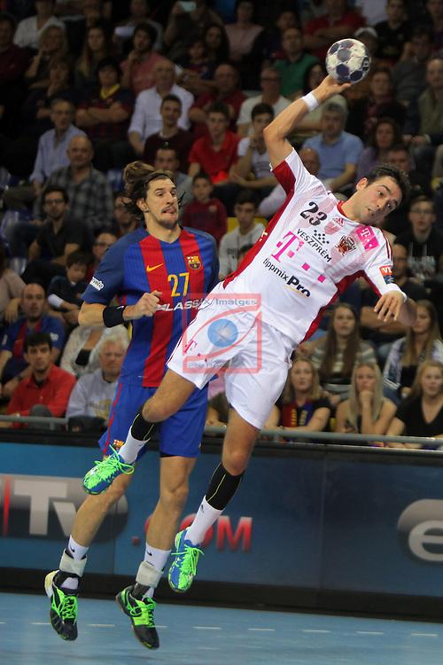 VELUX EHF <br /> 2016/17 EHF Men's Champions League Group Phase - Round 5.<br /> FC Barcelona Lassa vs Telekom Veszprem: 26-23.<br /> Viran Morros vs Cristian Ugalde.