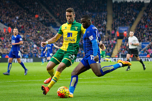 27.02.2016. King Power Stadium, Leicester, England. Barclays Premier League. Leicester City versus Norwich City. Ivo Pinto of Norwich City tries to block a cross from Jeff Schlupp of Leicester City.
