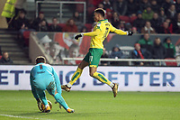 Josh Murphy of Norwich City puts Frank Fielding of Bristol City under pressure during Bristol City vs Norwich City, Sky Bet EFL Championship Football at Ashton Gate on 13th January 2018
