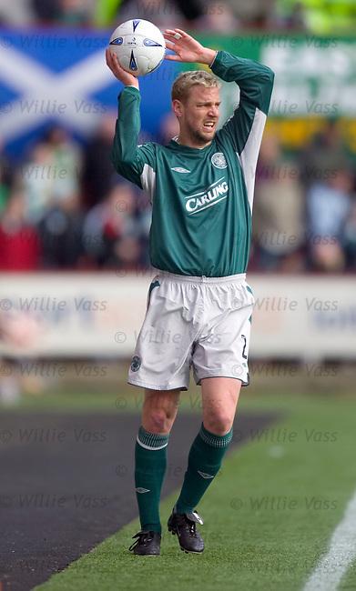 Stephane Henchoz, Celtic.stock season 2004-2005.pic willie vass