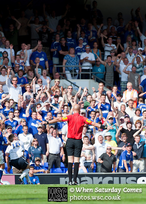 Ipswich Town 1 Blackburn Rovers 1, 18/08/2012. Portman Road, Championship. Blackburn visit Suffolk for their first game back in the Championship. Referee Darren Drysdale rejects a penalty appeal. Photo by Simon Gill.