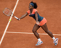 Serena Williams (USA) (2) against Virginia Ruano Pascual (ESP) in the second round of the Women's Sngles. Williams beat Pascual 6-2 6-0 ..Tennis - French Open - Day 5 - Wed 28th May 2009 - Roland Garros - Paris - France..Frey Images, Barry House, 20-22 Worple Road, London, SW19 4DH.Tel - +44 20 8947 0100.Cell - +44 7843 383 012