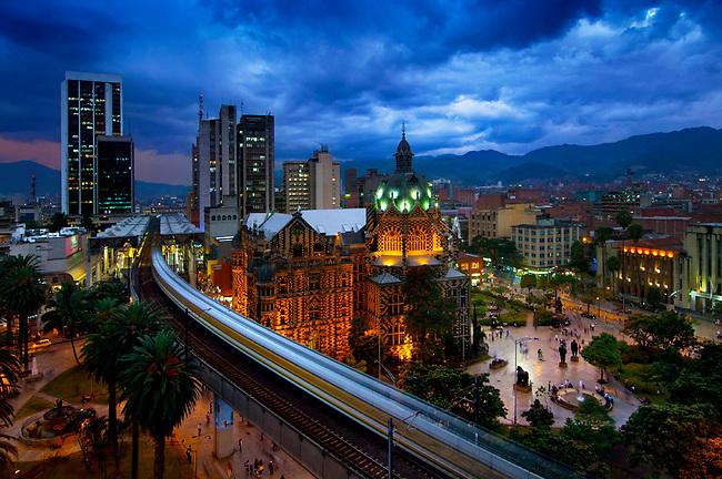 Bogotá, Medellín y Cartagena -  La Silla Tours